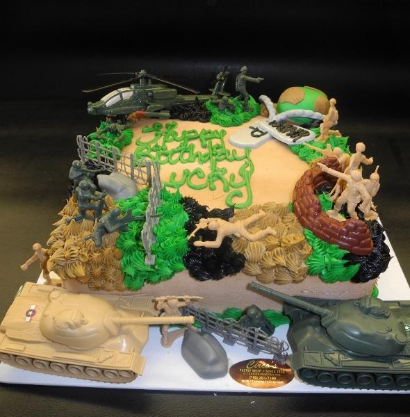Army Icing Cake with Toys