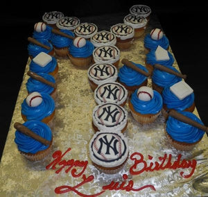 New York Yankee Cupcakes with Edible Images