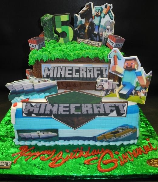 Minecraft Fondant Cake with Edible Fondant Cut-outs