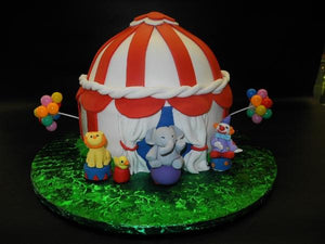 Circus Fondant Cake with Edible Fondant Animals