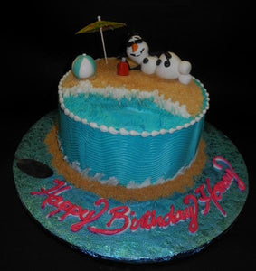 Frozen Snowman Icing Cake with Edible Fondant Toys