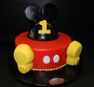 Mickey Mouse Icing Cake with Fondant head and feet