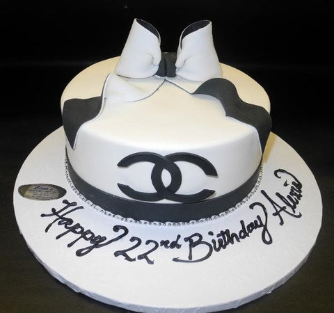 Chanel Fondant White and Black Cake