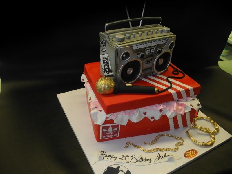 90's theme cake Biggie Smalls