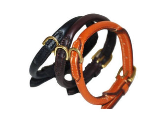 Fine rolled leather collar