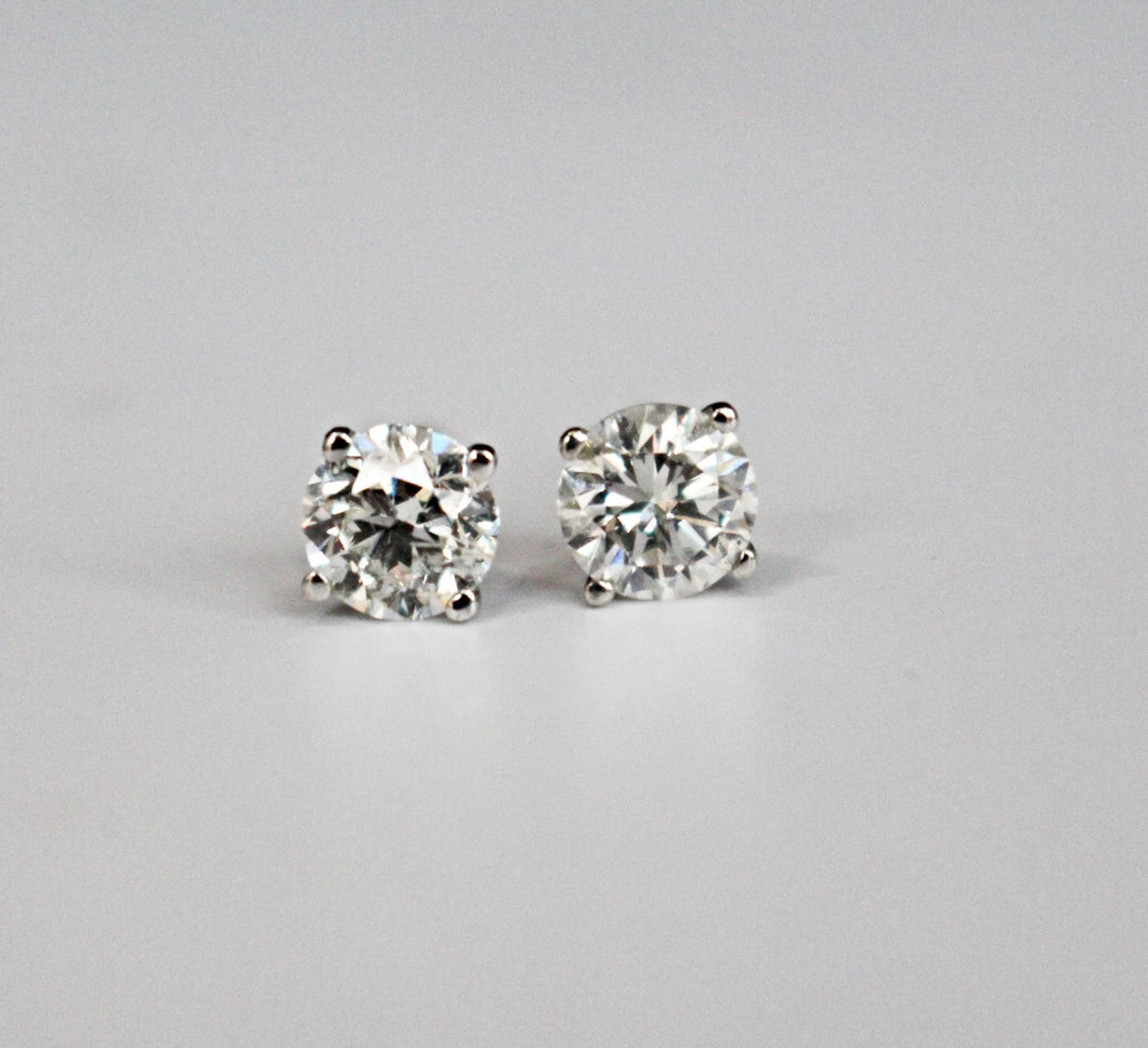 1.22 Round Brilliant Cut Diamond Stud Earrings