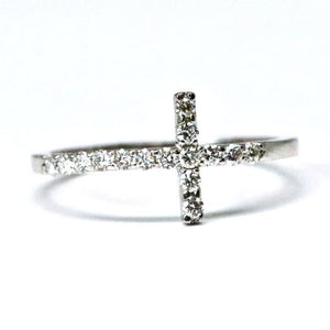 Sideways diamond cross ring