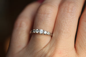 5 Stone Graduated Diamond Wedding Band Trellis Set