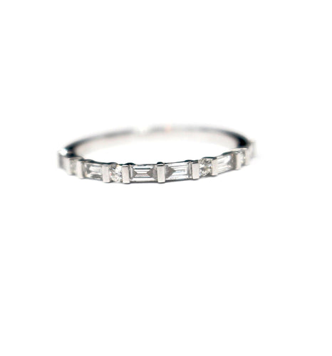 Baguette and Round Diamond Stackable in 18kt White Gold