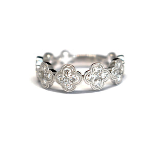 Clover Diamond Stackable Ring