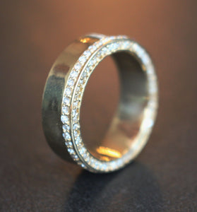 Diamondaire Exclusive Mens Top and Side Profile Gold and Diamond Band