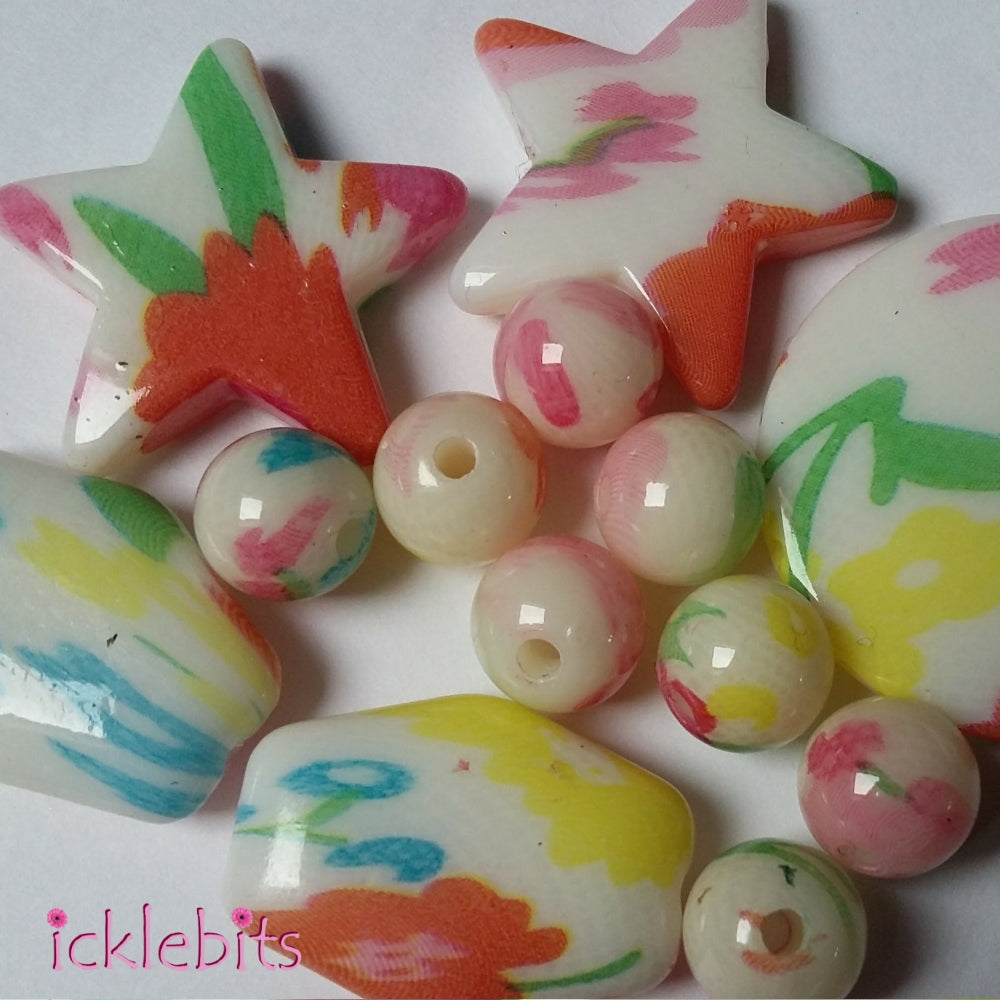 icklebits:Mixed Coloured And Shaped Beads