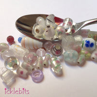 Mix of glass beads - white (Bag 1)