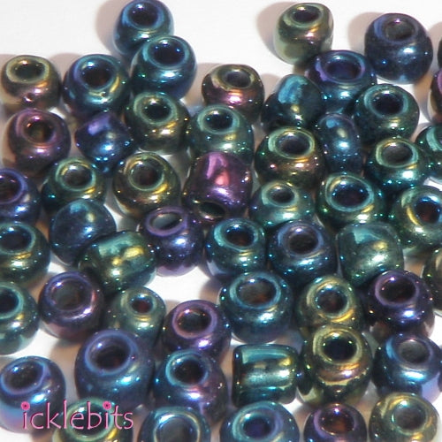 icklebits:50g Multicolour Dark Seed Beads. Size 4mm (6/0)