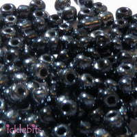 icklebits:50g Blue Black coloured Seed Beads. Size 4mm (6/0)