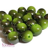 icklebits:Green Round Two Tone Smooth Beads