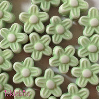 icklebits:Mini Green Flower Beads