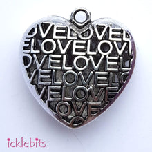 "icklebits:Heart Pendant Decorated With ""LOVE"" 35mm"