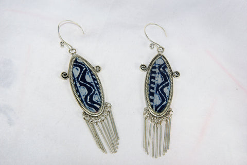 Eye-shaped medium earrings with scrolls and dangles