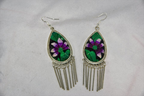 Tear-drop shaped medium earrings with dangles