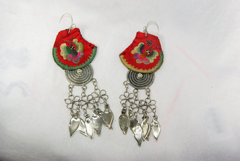 Earrings - Extra large - Embroidered butterfly pattern with circle charm and dangling leaves