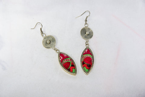 Eye-Shaped small earrings with tribal charm reversed