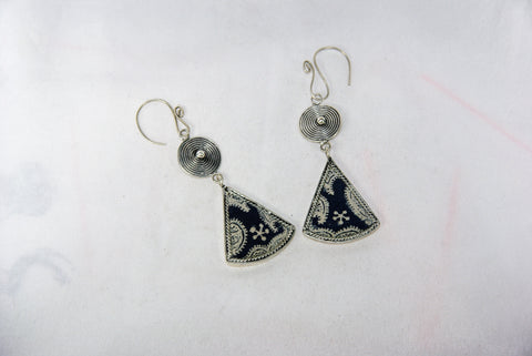 Triangular small earrings with tribal charm reversed