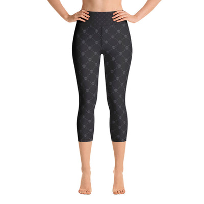 BLACK SKULLS • Yoga Capri Leggings