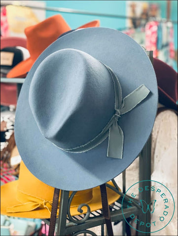 The Juniper Hat - Slate Blue Lids