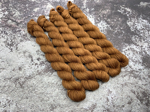 Shag Carpet - Mini Skein