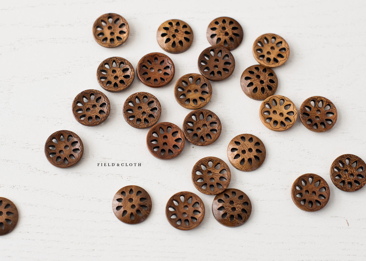 Round Dainty Wooden Button
