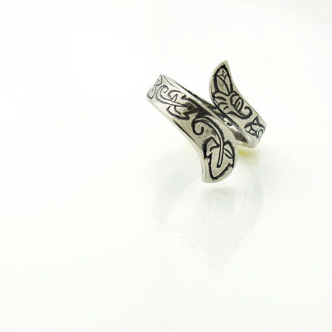 Purity Ring in Sterling Silver with Ivy Leaves & Rose Buds-Tracy Hibsman Studio