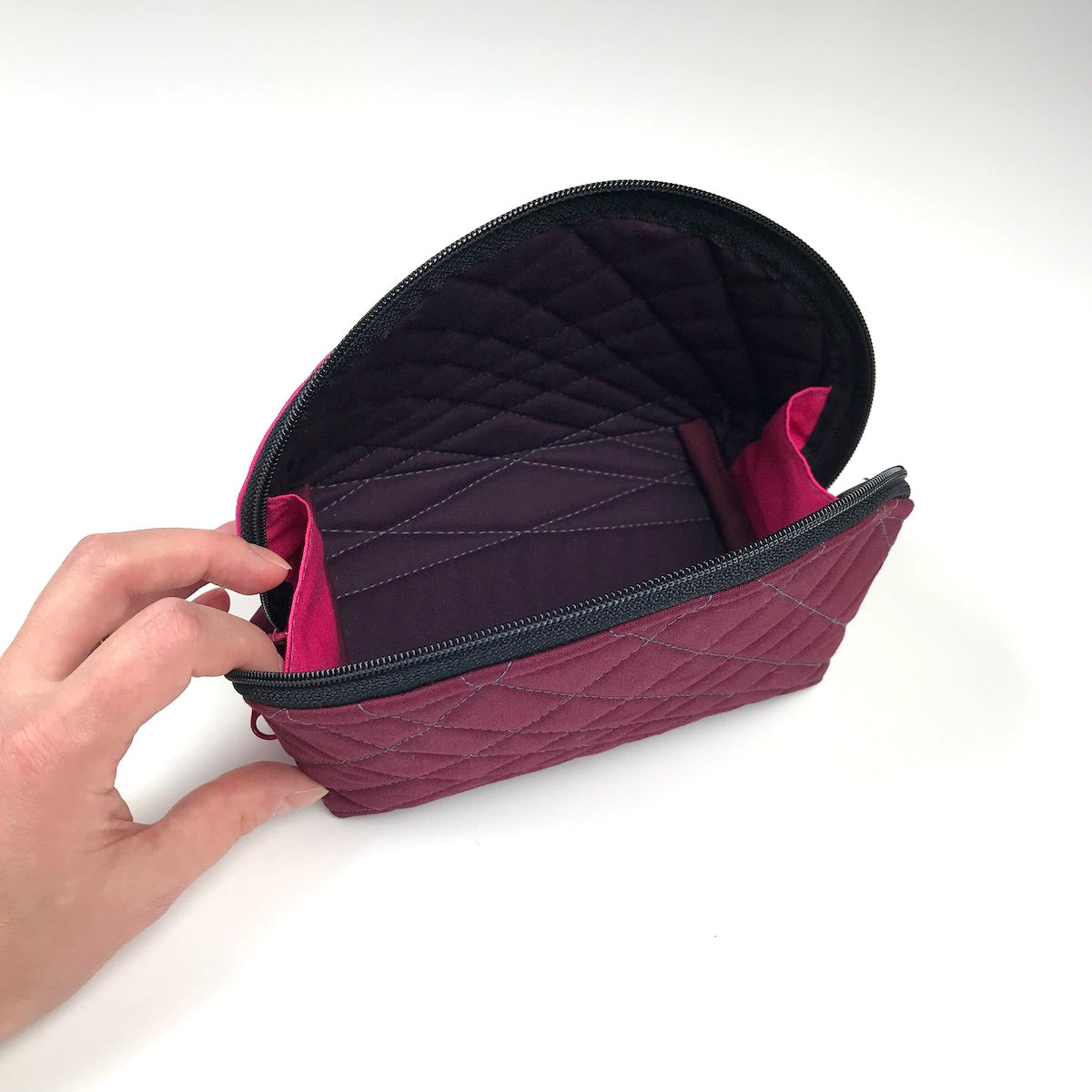 byAnnie Clam Up pouch interior