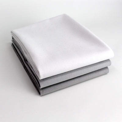 Greyscale Light 3 Fat Quarter Bundle - Kona Cotton