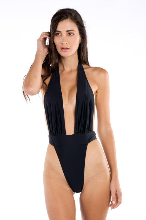 KYLIE ONE PIECE