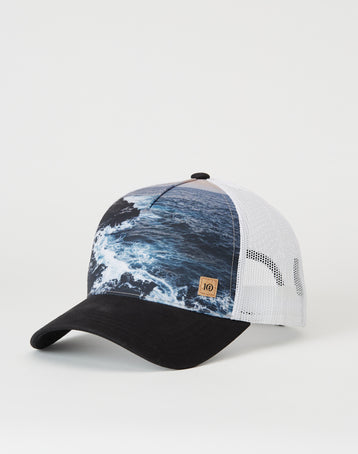 Image of product: Crashing Waves Altitude Hat