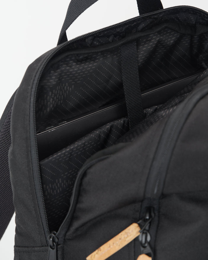 Image of product: Quest 25L Backpack