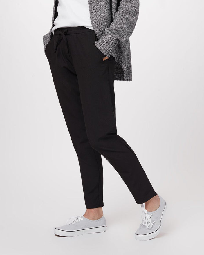 Image of product: W Cascara Travel Pant