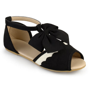 Girl T-strap Peep Toe Scalloped Flats