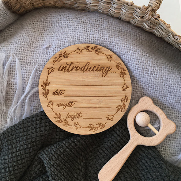 Introducing Wreath Birth Announcement Disc