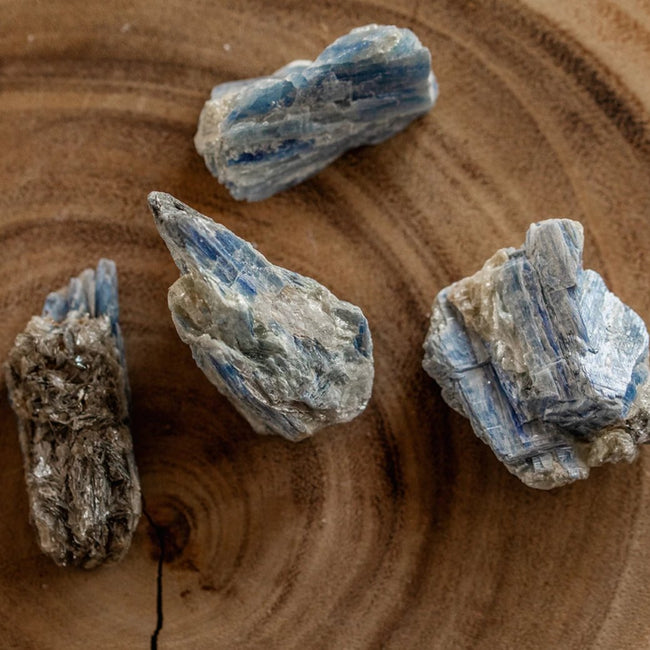 Natural Kyanite