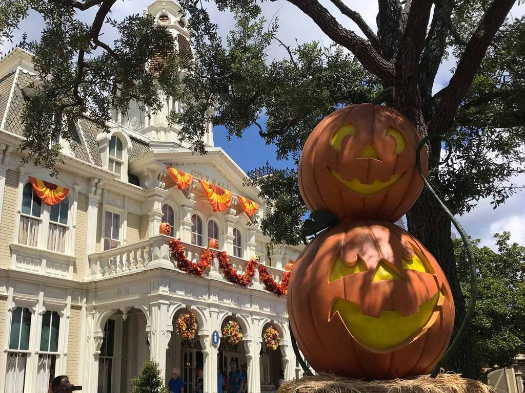 5 Halloween Treats to Try at the Magic Kingdom