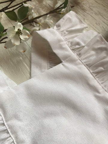 White Daisy Pinafore