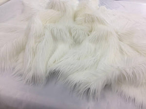 Luxurious faux fur Fabric ivory shaggy sold By The Yard - KINGDOM OF FABRICS