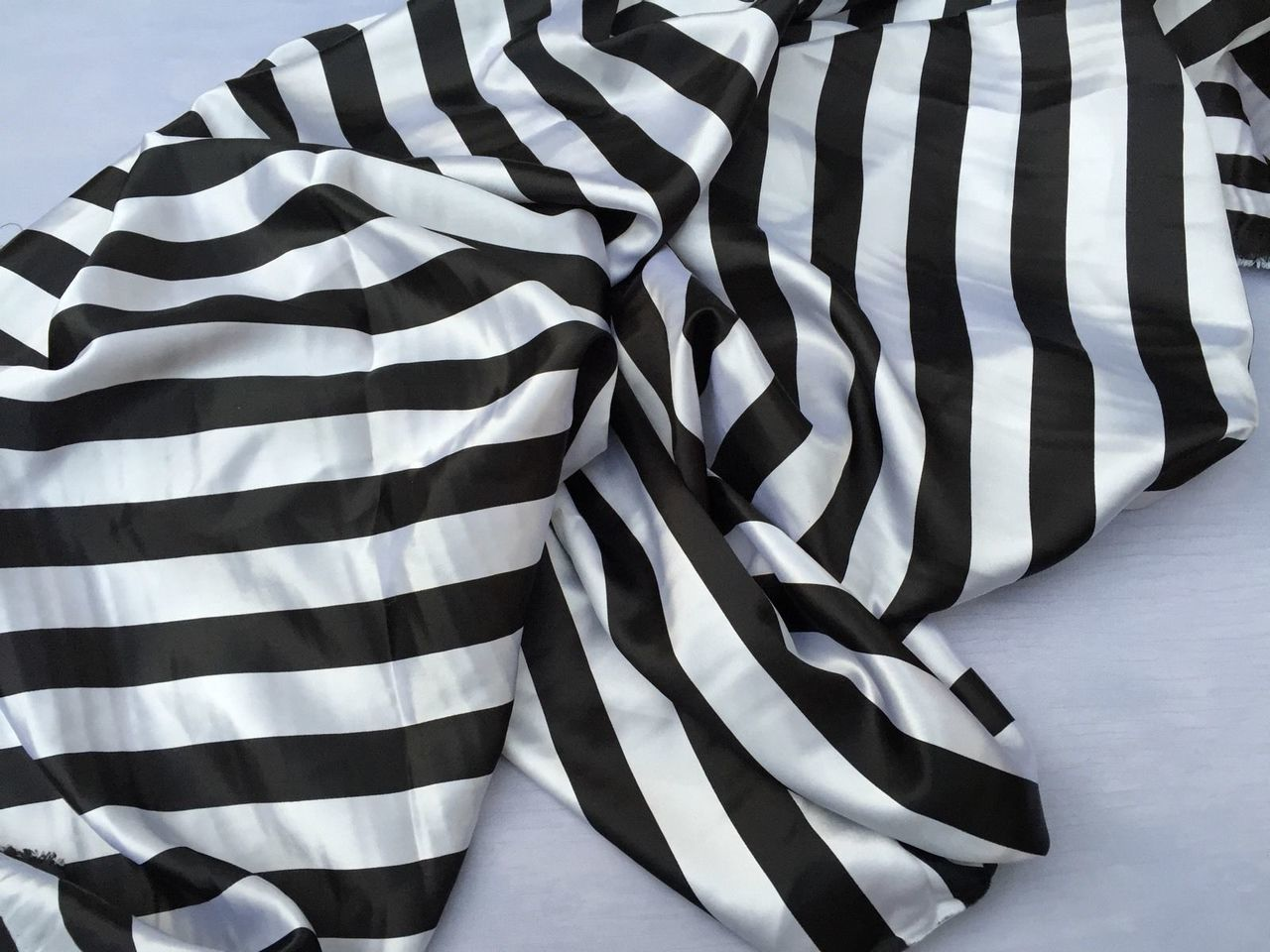 White/black 1inch Stripe Soft/silky Charmeuse Satin Fabric. (20 Yards) - KINGDOM OF FABRICS