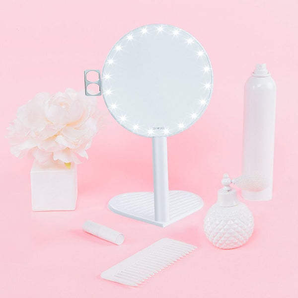RIKI GRACEFUL best-rated magnifying lighted vanity mirror