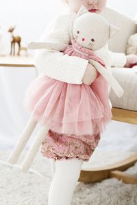 Alimrose Linen Cat in Blush Dress