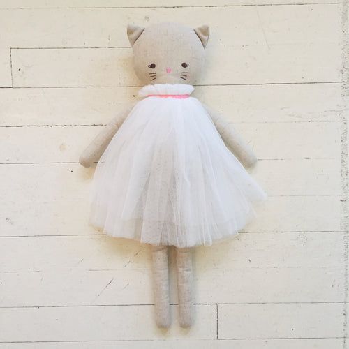 Alimrose Linen Cat in White Dress