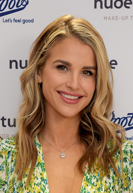 VOGUE WILLIAMS SHARES HER LOVE FOR NATURAL MAKE-UP