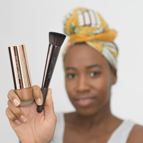 Flawless Liquid Foundation & Buffing Brush